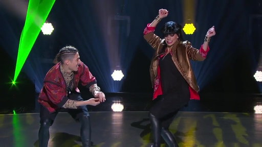 S14E15 Lex & Gaby's Hip-Hop Performance