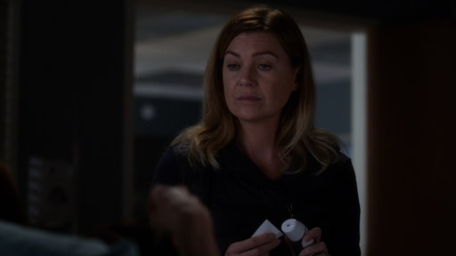 S14E04 Meredith Tells Megan She and Nathan Are Not Together