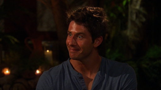 S8E9 Will Arie Get to Enter The Fantasy Suite?