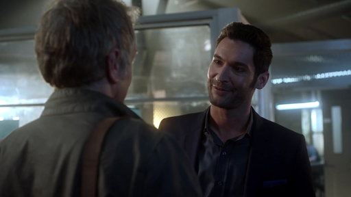 S03E07 A Journalist Asks To Write A Story About Lucifer
