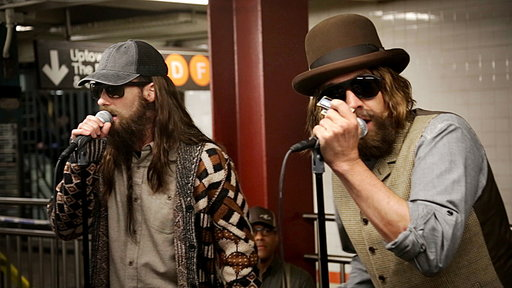 S5E31 Maroon 5 Busks in NYC Subway in Disguise