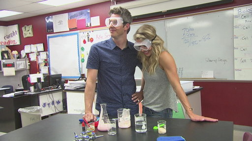 S22E2 Arie and Krystal Have Chemistry in Deleted Scene