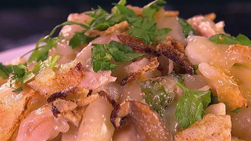 S7E89 How to Make Valerie Bertinelli's Tuna Noodle Casserole with Potato Chip Topping