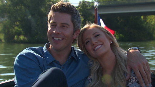 """S22E1 """"The Bachelor"""" Wow Moments Sneak Peek: Arie Searches for Love in Paris"""