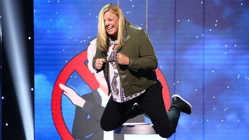 Watch Ellen's Game Of Games Clip: Don't Leave Me Hanging 3