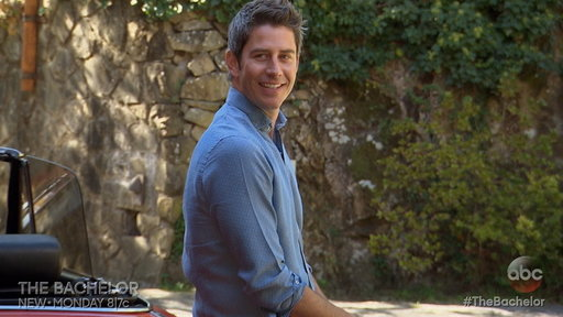 "S22E7 ""The Bachelor"" Week 7 Sneak Peek: Arie's 1 on 1 with Becca"
