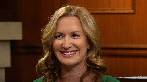 Larry King Now S06E91 Angela Kinsey on 'The Office,' Hollywood, & family
