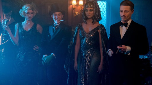 Gotham S04E13 A Dark Knight: A Beautiful Darkness