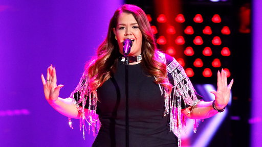 "S14E06 Amber Sauer Blind Audition: ""Shape of You"""