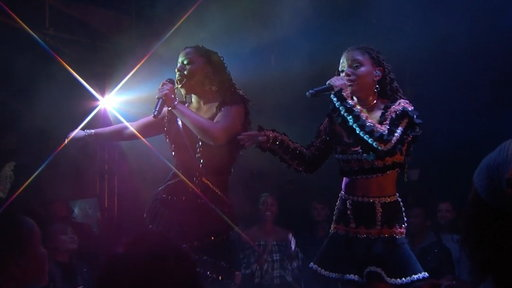 S16E40 Chloe X Halle – Happy Without Me