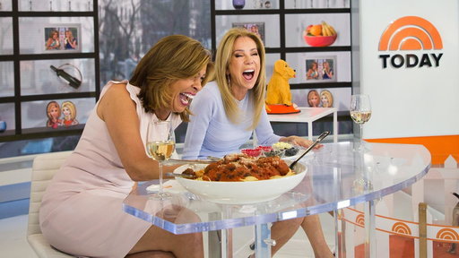 S0E0 KLG and Hoda taste test the most popular jelly bean flavors