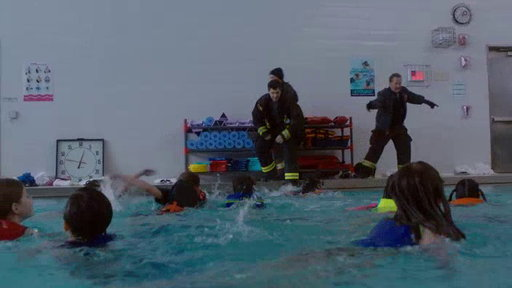 S6E17 Share the Moment: Pool Rescue