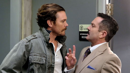 Lethal Weapon S02E19 Leo Getz Hitched