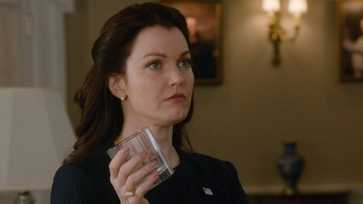 S7E18 Sneak Peek: Mellie Sees Her Portrait