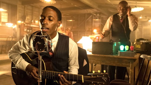 Timeless S02E06 The King of the Delta Blues