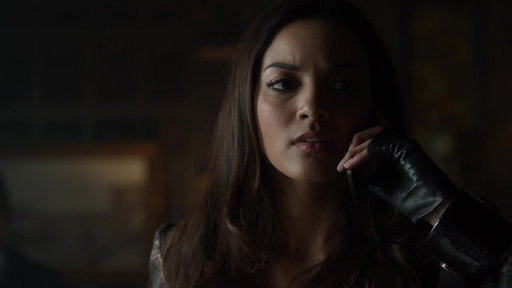 S04E22 Tabitha Finds Out Selina Has Been Shot