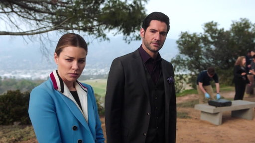 S03E24 Chloe & Lucifer Mourn After A Recent Death
