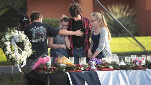 S0E0 Santa Fe mourns 8 students, 2 teachers killed In school shooting
