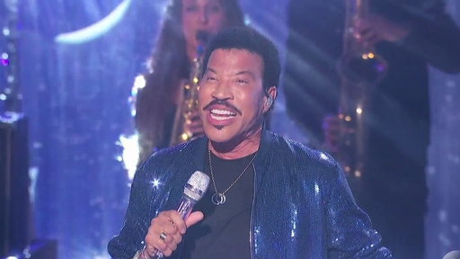 """S1E19 Lionel Richie and the Top 10 Perform """"All Night Long"""""""