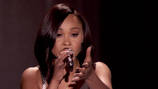 "Season 2, Episode #8 Evvie McKinney Performs ""How Do You Feel"" Screenshot"