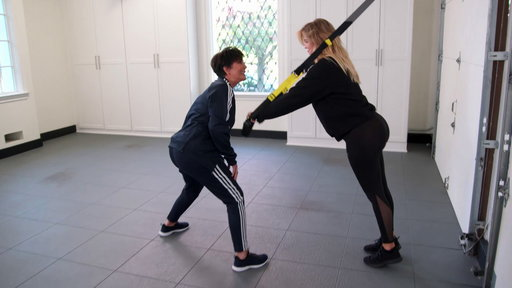 S15E3 Kris Jenner Interferes With Pregnant Khloe's Workout