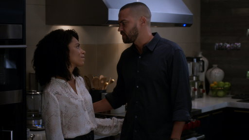 S15E1 Did Jackson Just Propose to Maggie?