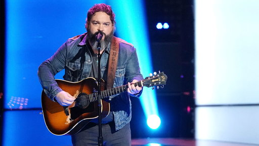"""S15E03 Dave Fenley Blind Audition: """"Help Me Hold On"""""""