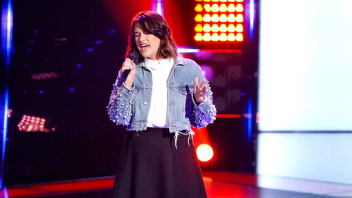 """S15E03 Delaney Silvernell Blind Audition: """"In My Blood"""""""