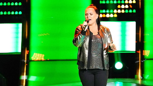 """S15E03 Natasia GreyCloud Blind Audition: """"I'm Not the Only One"""""""