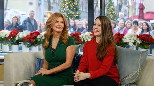 S0E0 Roma Downey and daughter star on-screen together for 1st time