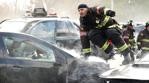Season 7, Episode #9 Highway Pileup Screenshot