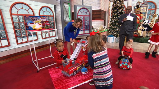 S0E0 Shop the hottest holiday toys, according to kid YouTube stars