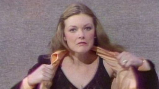 Jane Curtin Reads Some Mail