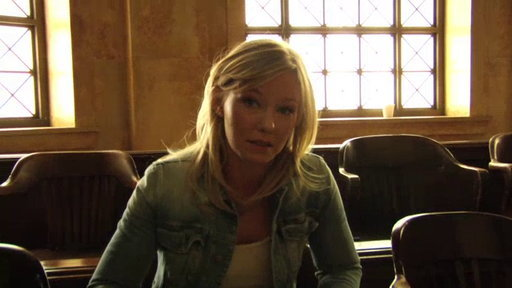 Kelli Giddish Talks About Her Character's Gambling Issues