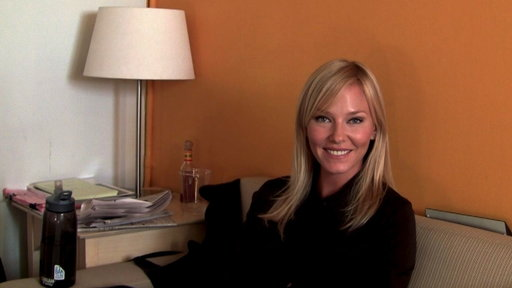 S14E0 Kelli Giddish On Playing Detective Rollins