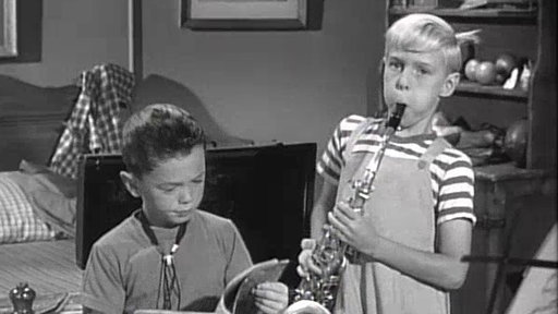 S2E18 Dennis and the Saxophone