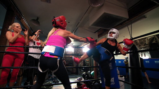 Season 4, Episode #12 The Richards Sisters in the Ring Screenshot