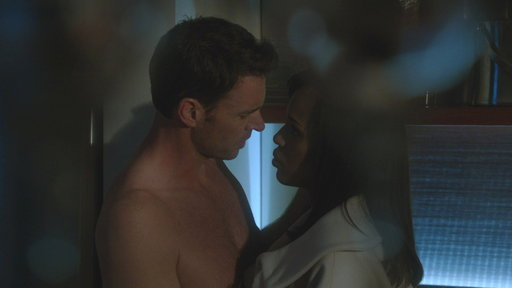 S3E16 Liv Seduces Jake for the Greater Good