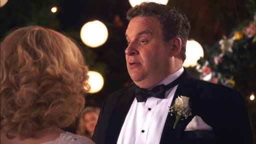 S02E03 Murray Throws a Surprise Wedding for Beverly