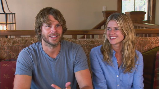 Watch entertainment tonight clip 39 ncis la 39 star enlists for Hgtv schedule house hunters